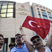 En Turquie, la presse en procès