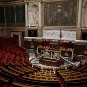 Session prolongée : le casse-tête des députés pour partir en vacances
