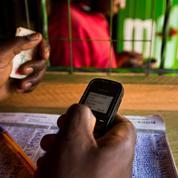 Les kits solaires et le paiement mobile accélèrent l'électrification du continent africain