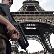 Terrorisme: l'opération Sentinelle va «s'inscrire dans la durée»