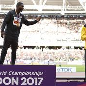 Gatlin sifflé sur le podium du 100 m, Bolt acclamé