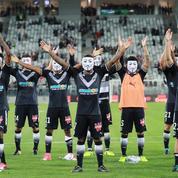 Pourquoi les Bordelais ont revêtu des masques d'Anonymous après leur match