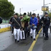 Plus de 2400 migrants évacués des campements situés dans le nord de Paris