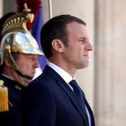 Les chiffres qui illustrent la soudaine et brutale chute de popularité de Macron
