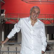 Mort de l'auteur et metteur en scène Adel Hakim