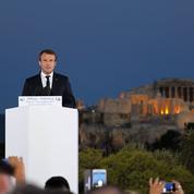 À Athènes, Emmanuel Macron veut refonder l'Europe