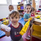 Comment les Français font garder leurs enfants et à quel prix ?