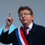 Boudé par les syndicats, Jean-Luc Mélenchon veut mobiliser la jeunesse