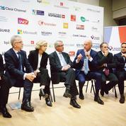 Macron et le gouvernement confrontés à la colère des élus locaux