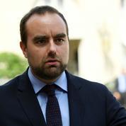 Menacé d'exclusion de LR, Sébastien Lecornu répond à Bernard Accoyer