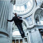 Au Panthéon, Yoann Bourgeois en apesanteur