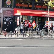 À Paris, des salariés d'un prestataire de Burger King suspendent leur grève