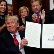 Donald Trump démantèle par décret le système d'assurance-santé d'Obama