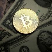 Le cours du bitcoin dépasse les 7000 dollars