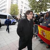 Catalogne : le parquet réclame un mandat d'arrêt européen contre Carles Puigdemont