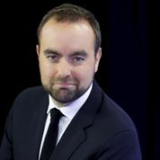 Sébastien Lecornu, l'autre ministre qui sillonne les Outre-mer