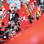 Cent ans après, les oripeaux du communisme en Russie