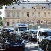 Circulation à Paris : «On a mis dans les mains d'un maire un pouvoir qui le dépasse»