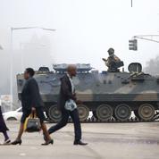 L'armée orchestre une révolution de palais au Zimbabwe