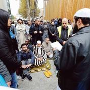 Prières de rue : entre Clichy et les musulmans, quinze ans de jeu de dupes