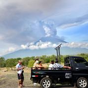 Bali : 100.000 habitants doivent être évacués face au risque d'éruption du Mont Agung