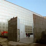 1987 : «Courons à l'Institut du monde arabe, mais...» relativise la conservatrice