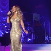 En concert à Paris, Mariah Carey reprend Que je t'aime pour rendre hommage à Johnny Hallyday
