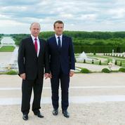 Renaud Girard : «Le sans-faute de Macron en politique étrangère»