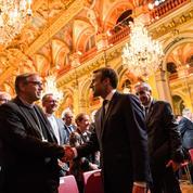 Macron «à l'écoute» des religions, au nom de la laïcité