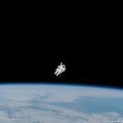 Le premier astronaute à avoir flotté librement dans l'espace en jetpack est décédé