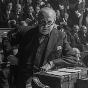 Churchill, un taureau dans l'arène :épisode 3 de notre série sur Les Heures sombres