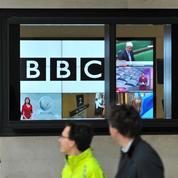 Inégalités de salaires hommes-femmes : une rédactrice en chef de la BBC démissionne de son poste
