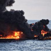Une marée noire historique au large de Shanghai après le naufrage d'un pétrolier