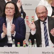 Allemagne : le SPD se résigne à une grande coalition avec Angela Merkel