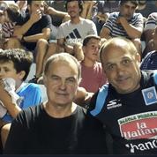 Marcelo Bielsa réapparaît aux adieux de Pablo Aimar en Argentine