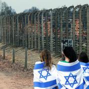 Shoah: Israël accuse la Pologne de vouloir «changer l'histoire»
