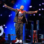 Super Bowl: Justin Timberlake rend un hommage enflammé à Prince