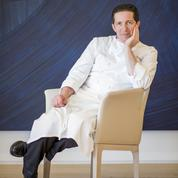 Qui est Christophé Bacquié, trois étoiles au guide Michelin 2018?