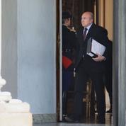 «L'immigration va baisser» : la promesse de Collomb ne convainc pas la droite