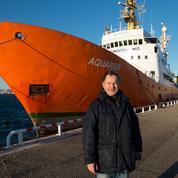 Qui est Klaus Vogel, l'homme qui sauve les migrants en Méditerrannée ?
