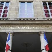 Le Conseil constitutionnel renforce le contrôle des juges sur les assignations à résidence