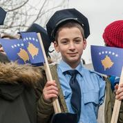 Kosovo : dix ans après son indépendance, un anniversaire en demi-teinte