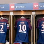 Les noms des joueurs du Paris SG en mandarin face à Strasbourg