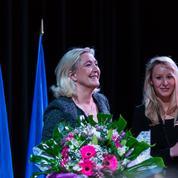 Marine Le Pen se dit «épatée» par sa nièce Marion Maréchal-Le Pen