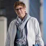 Dauphine désignée de Merkel, AKK promet de faire vivre le débat à la CDU