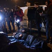Paris : des élus dorment dans la rue pour alerter sur le sort des sans-abri