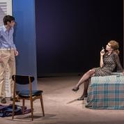 Le Lauréat au théâtre: Arthur Fenwick, un jeune homme irrésistible face à Anne Parillaud