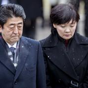 Au Japon, Shinzo Abe menacé par une affaire de favoritisme