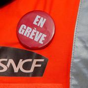 SNCF : les syndicats de cheminots ne s'intéressent qu'à leur statut, pas aux usagers
