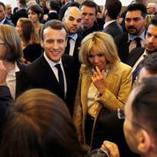 Au Salon du Livre, Macron célèbre l'édition française et fustige le Kremlin